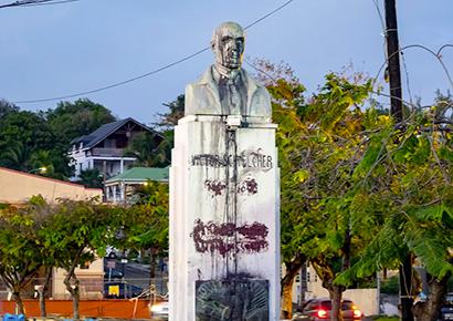 Statue Schoelcher